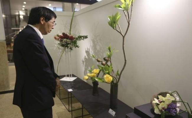 Embaixador japonês quer expansão de negócios entre Brasil e Japão